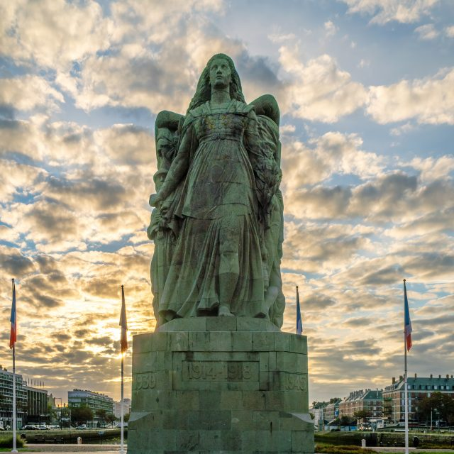 Le Monument aux morts du Havre. Sony A6400 Sony 18-105mm F4. Le Havre 31/08/2020.