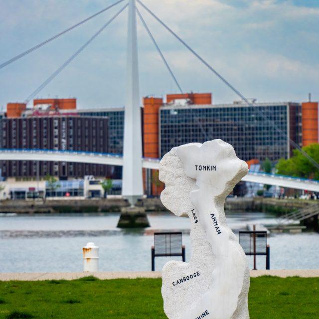 Monument aux morts d'Indochine, Place Général de Gaulle. Sony A6400 Sony 18-105mm F4. Le Havre 27/04/2020.