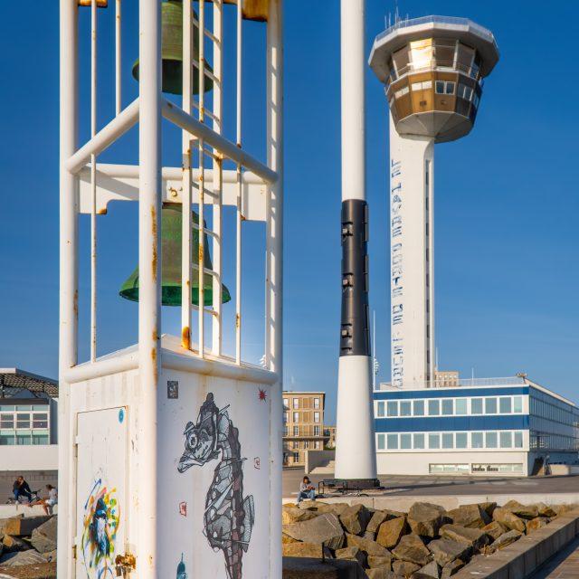 Sémaphore du Havre, Capitainerie du Havre, vue de l'Observatoire Photographique Havrais du Paysage. Sony A6400 Sony 18-105mm F4. Le Havre 24/05/2020.