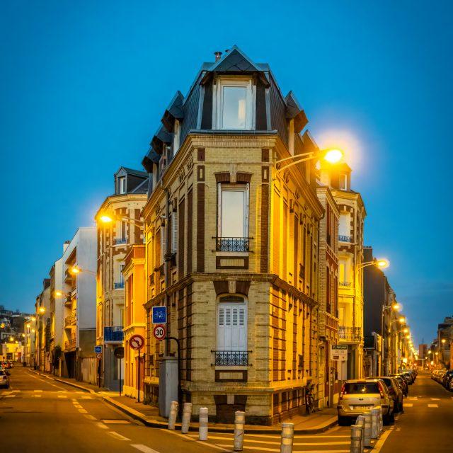 Intersection Rue de Neustrie et Rue Jules Tellier. Sony A6400 Sony 18-105 m F4. Le Havre 06/04/2020.